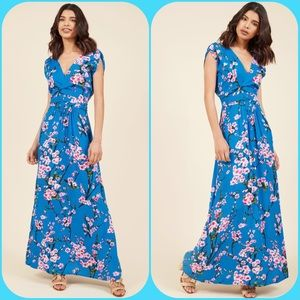 ModCloth Feeling Serene Maxi dress in Blue Floral